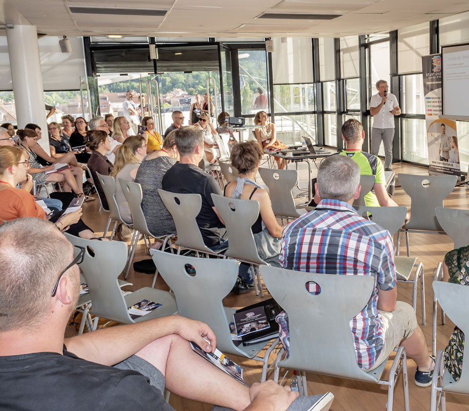 """conférence """"développer ses ventes de manière humaniste"""" ©PBP-photographie pour #lesaudacieux"""